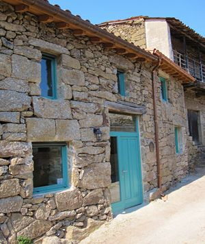 Traditional stone cottage - Ribeira Sacra